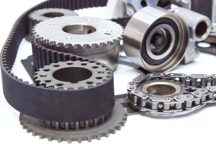 engine timing mechanism of the engine. chain, belt, star, gear, tensioner and cylinder head gasket